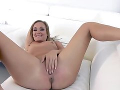 Polluted MILF stepmom pays to stepson be advantageous to his sperm