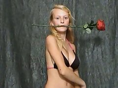 This amateur babe is such a tease and she loves roses