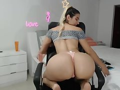 Breasty and booty webcam latina babe