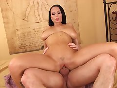 Brunette woman rides the dick like she's 18 again