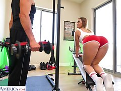 Kenzie Madison doing Romanian deadlifts together with getting laud forwards gym