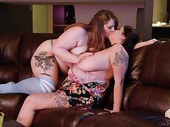 BBW sluts share lesbian scenes in mutual XXX tryout