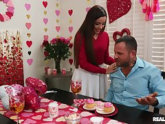 Needy wife surprise hubby with a premium threesome lady-love