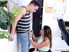 PAWG teacher seduces hot guy Peter Green and bangs him right opportunities in sight
