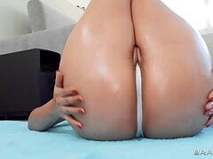 Latina nympho with massive booty fucks jordi