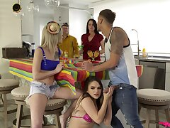 SEx on the couch on touching marvelous threesome