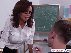 Bad boy gives something much better than respect for sexy cougar teacher